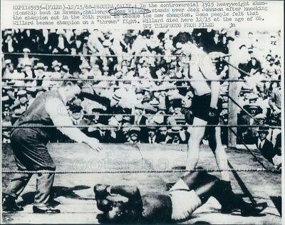 1968 Press Photo Boxing Match Jess Boxers Willard vs Jack Johnson Havana n 1915 ()