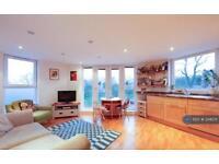 2 bedroom flat in Oakhill Road, Sutton, SM1 (2 bed)