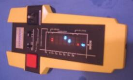 1980s GALAXY INVADERS 1000 ELECTRONIC SPACE GAME CGL GAKKEN HANDHELD TABLETOP
