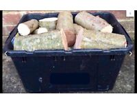 SEASONED HARDWOOD LOGS FOR SALE IN A BOX FOR WOOD BURNERS FIRE PITS ETC FIREWOOD SPINDLE BLANKS