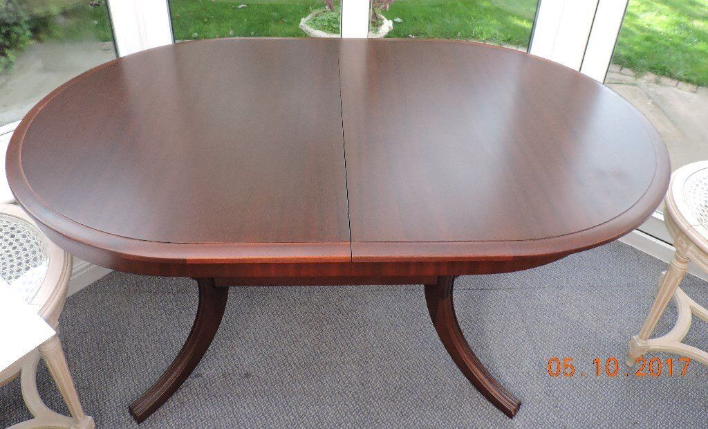 Meredew Table with Chairs