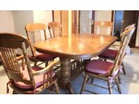 Exquisite solid oak extending dining table +6 chairs