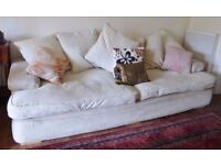 Superb Pillow Back Grand Sofa in Cream - Large (£1400 new from DFS)