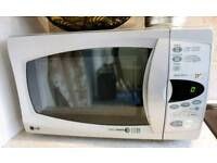Microwave 800w fully working