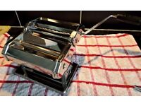 PASTA MAKER IN STAINLESS STEEL