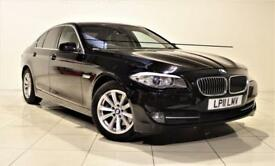 BMW 5 SERIES 2.0 520D SE 4d 181 BHP + 1 OWNER + SAT NAV + AIR CON + AUX (black) 2011