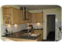 Double room in friendly shared house, Regents Park, inclusive of bills