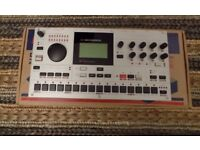 ELEKTRON MACHINEDRUM SPS1-MK2 DRUM MACHINE SYNTH