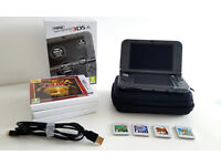 New Nintendo 3DS XL - Metallic Black - Great condition - with carrrying case, USB charger, 4 games