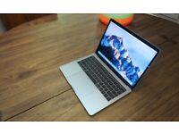 "Apple MacBook Pro 13"" Silver without TouchBar 2018"