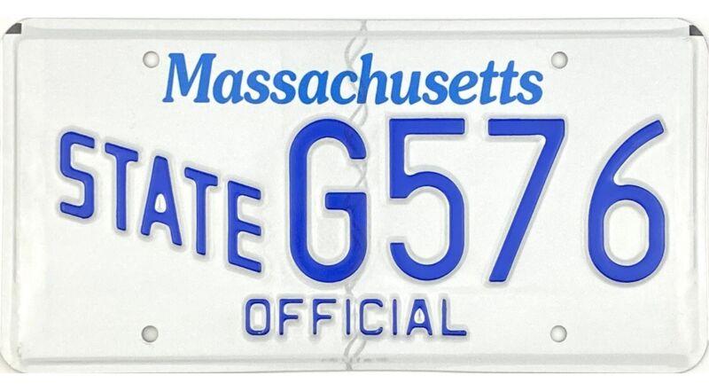 Massachusetts STATE OFFICIAL License Plate #G576 MINT