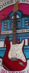 FENDER Stratocaster Lone star 2000 USA mint candy apple red