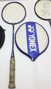 Raquette de badminton Yonex à vendre
