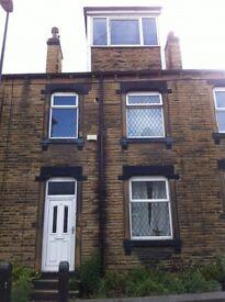1 bedroom house in Pawson Street, Morley, Leeds, LS27