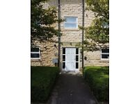 2 bedroom flat in The Crescent, Shires Court, Wetherby, LS23