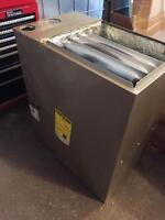 CARRIER 60,000 BTU GAS FURNACE. MODEL # 59MN7A060V171214.