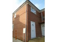 1 bedroom house in Spencer Crescent, Rose Hill, Oxford, OX4