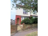 2 bedroom house in Arthur Road, Rochester, ME1