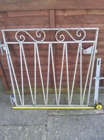 Single 3ft metal gate