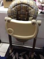 Foldable and adjustable High chair