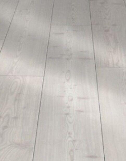 Waterproof Click Vinyl Flooring 5 Sq M Yukon Grey Oak