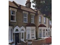 3 bedroom house in Latimer Avenue, London, E6