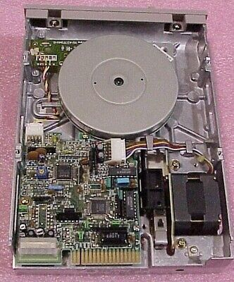 как выглядит NOS TEAC FD-55FV-03-U 5.25 Inch Vintage Floppy Diskette Drive фото