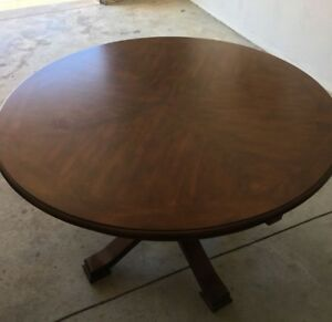 "42"" Round Wood Dining Table (4 Seater)"