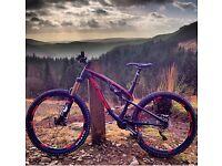 Full Suspension Mountain Bike - Rocky Mountain Altitude 750 2015 (Medium size frame) - £1,400
