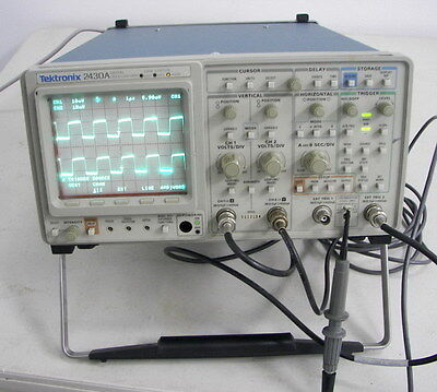 Tektronix 2430a Digitalizing 100mhz Oscilloscope Gpib