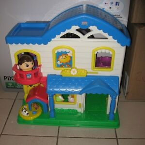 Little People 2 Story House, Cars, Castles