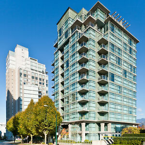 FULLY FURNISHED DOWNTOWN EXECUTIVE LIVING NEAR STANLEY PARK