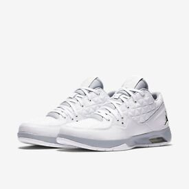 6bc67f791d48 Nike Air Jordans Clutch Size 11 New W Box