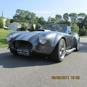 1965 Shelby Cobra (Replica)