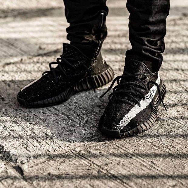 1006471a871b Adidas Yeezy Boost 350 V2  Black White
