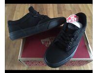 Vans trainers 'winston' black size 6.5