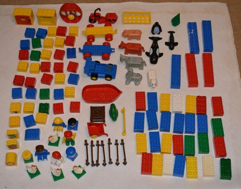 Duplo bricks, figures and vehicles