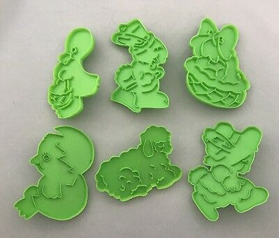 1978 WILTON VINTAGE Set 6 Collectible Cookie Cutters for Easter / Holiday