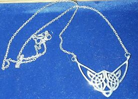 SILVER NECKLACE WITH CELTIC DESIGN