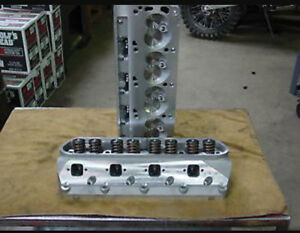 Têtes Ford 302 heads