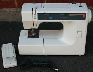 Kenmore Model 385-1168291 Sewing Machine & Foot Pedal