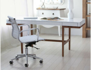 Structube Desk and Chair