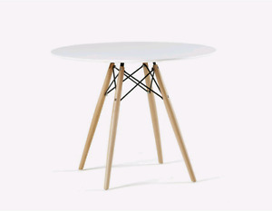 "Structube 47"" round dining table"