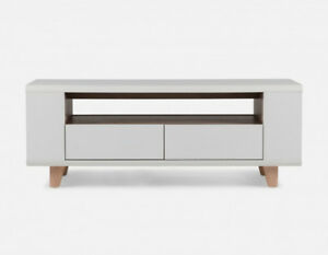 ✿NEW...BEAUTIFUL STRUCTUBE Chelsa White Media Unit