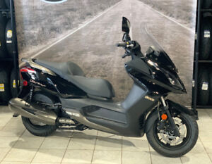 NEW 2015 Kymco Downtown 300i Scooter