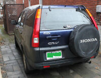 2004 Honda CR-V -------- 133,000 km -------- Semi-Leather