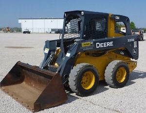 MINT 2014 JOHN DEERE 326E SKID STEER LOADER 1350 HOURS !