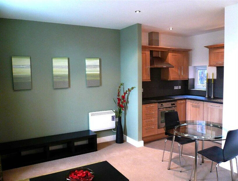 Roxbrough Court, Modern 2 Bed With Parking. Ossett, Available 1st Dec 2014