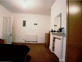 Spacious Double Bed - All Bills Inclusive (£325 pm)