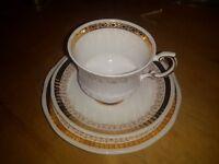Elizabethan Fine bone China - One Cup, One Saucer, One Side Plate - Gold leaf